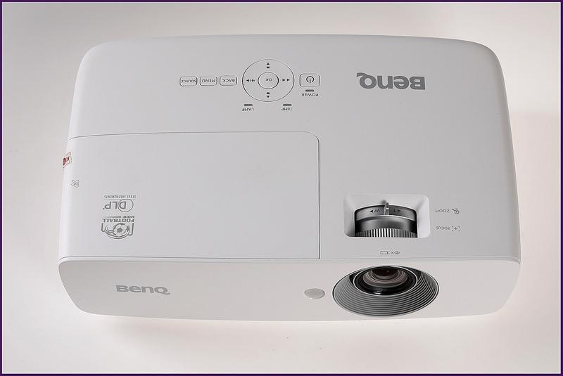 Máy chiếu BenQ TH683 fullHD 3.200Lumens